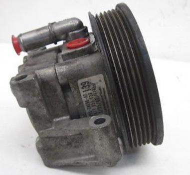 Pompe de direction assistée / XK8 / de A30645 à A48684