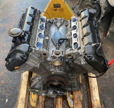 Bloc moteur AJ83784N