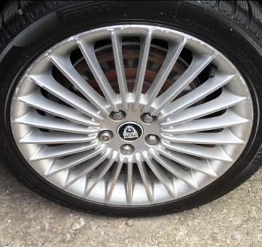 Jeu Jantes Jaguar sans pneus