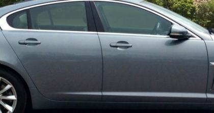 Porte Sedan Limo